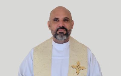 Padre Anderson Aguiar Alves