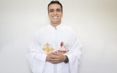 Padre Adriano Henrique Pestana Pereira
